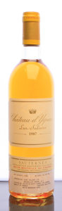 White Bordeaux, Chateau d'Yquem 1987 . Sauternes. Bottle (1). ... (Total: 1Btl. )