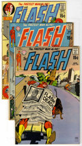 Bronze Age (1970-1979):Superhero, The Flash Group (DC, 1970-72) Condition: Average VF. Issues include #199, 200, 201, 202, 204, 205, 206, 207, 209, 211, 213, ... (Total: 12 Comic Books)