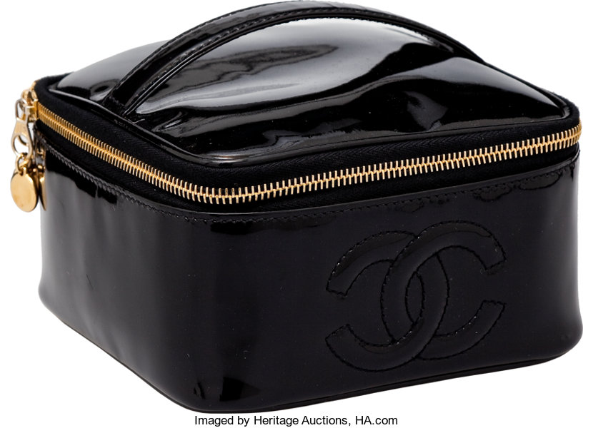 2de22c5b29a0ec Luxury Accessories:Accessories, Heritage Vintage Chanel Black Patent  Leather Cosmetic Case.
