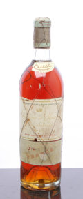 White Bordeaux, Chateau d'Yquem 1949 . Sauternes. bsl, ssos, outstandingamber color. Bottle (1). ... (Total: 1 Btl. )