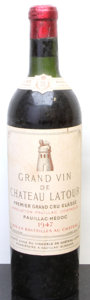 Red Bordeaux, Chateau Latour 1947 . Pauillac. vhs, lbsl. Bottle (1). ...(Total: 1 Btl. )