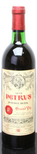 Red Bordeaux, Chateau Petrus 1979 . Pomerol. ts, bsl. Bottle (1). ... (Total: 1 Btl. )
