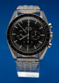 Timepieces:Wristwatch, Omega 105012-66 Speedmaster Professional. ...