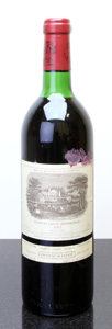 Red Bordeaux, Chateau Lafite Rothschild 1983 . Pauillac. ts, lbsl, ltsl.Bottle (1). ... (Total: 1 Btl. )