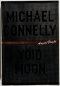 Books:Mystery & Detective Fiction, Michael Connelly. SIGNED. Void Moon. Boston: Little, Brownand Company, 2000. First edition. Signed by the aut...