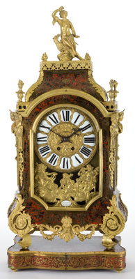 A FRENCH REGENCE-STYLE GILT METAL BRACKET CLOCK WITH PLINTH Paris, France Circa 1850-1880 Marks: Marks to
