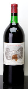 Red Bordeaux, Chateau Lafite Rothschild 1975 . Pauillac. bsl, lnl. Magnum(1). ... (Total: 1 Mag. )