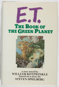 Books:Science Fiction & Fantasy, William Kotzwinkle. REVIEW COPY. E. T.: The Book of the Green Planet. Putnam, 1985. First edition, first printing. ...