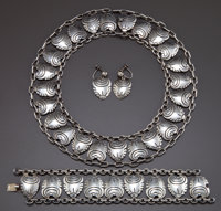 A HECTOR AGUILAR SILVER JEWELRY SUITE Héctor Aguilar, Taxco, Mexico, circa 1950 Marks: HA, TAXCO, 940; H, T