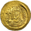 Ancients:Byzantine, Ancients: Justin II. A.D. 565-578. AV solidus (21 mm, 4.45 g).Constantinople. Diademed, helmeted and cuirassed bust facing,holding V...