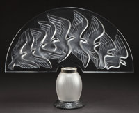 LALIQUE CLEAR AND FROSTED GLASS HOKKAIDO VEILLEUSE Circa 1990 Engraved: La