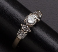 Exceptional Diamond & Gold Ring