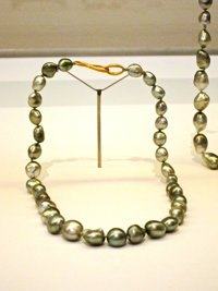 Ted Muehling (American, 20th Century) Keshi Pearl Necklace, 2010 Benefitting The Nature Conserva