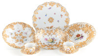 AN EIGHT PIECE GROUP OF MEISSEN PORCELAIN 20th century Marks: (crossed swords) 12-3/4 inches diameter (32