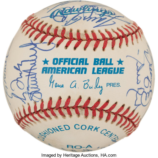 788120b9ec2 1995 Atlanta Braves Team Signed Baseball (27 Signatures) -