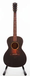 Musical Instruments:Acoustic Guitars, Late 1930s/Early 1940s Gibson L-00 Sunburst Acoustic Guitar....