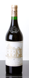 Red Bordeaux, Chateau Haut Brion 1995 . Pessac-Leognan. lbsl. Bottle (1).... (Total: 1 Btl. )