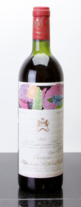 Red Bordeaux, Chateau Mouton Rothschild 1975 . Pauillac. ts, lbsl, lcc.Bottle (1). ... (Total: 1 Btl. )