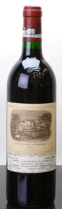 Red Bordeaux, Chateau Lafite Rothschild 1985 . Pauillac. lbsl, nc, spc.Bottle (1). ... (Total: 1 Btl. )