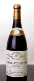 Red Burgundy, Grands Echezeaux 1988 . Mongeard-Mugneret . lbsl, lnl, lscl. Bottle (1). ... (Total: 1 Btl. )