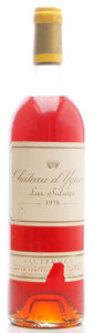 White Bordeaux, Chateau d'Yquem 1976 . Sauternes. vhs, lbsl, tl, nc, lcc, ssos, amber color. Bottle (1). ... (Total: 1 Btl. )