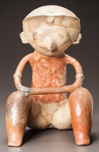 A CHINESCO SEATED FIGURE WITH ARMS ON KNEES c. 200 BC - 200 AD