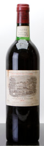 Red Bordeaux, Chateau Lafite Rothschild 1975 . Pauillac. bn, bsl. Bottle (1). ... (Total: 1 Btl. )