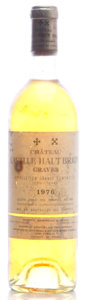 White Bordeaux, Chateau Laville Haut Brion Blanc 1976 . Pessac-Leognan. bn, bsl, excellent light gold color. Bottle (1). ... (Total: 1 Btl. )