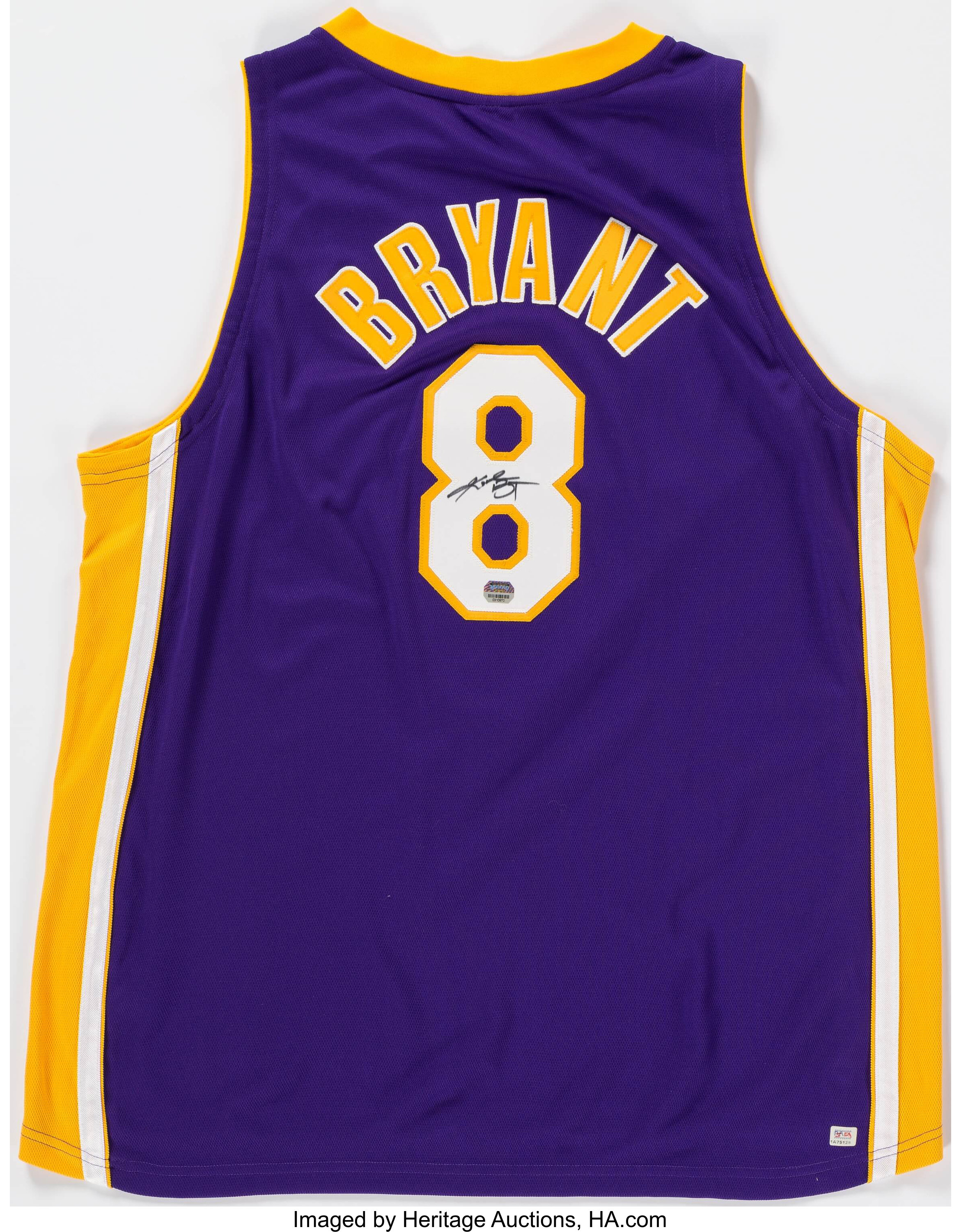 Kobe Bryant Signed Los Angeles Lakers Jersey.... Basketball | Lot ...
