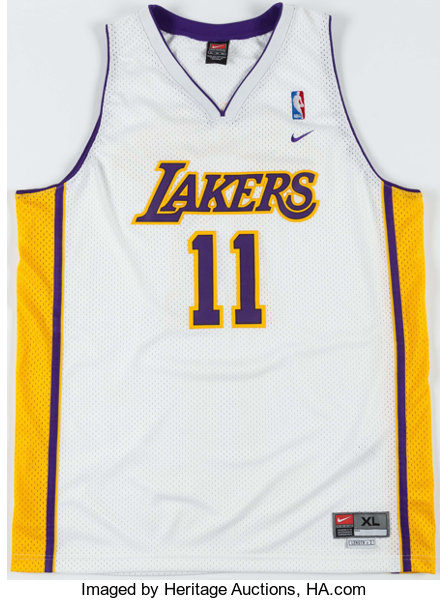 Karl Malone Signed Los Angeles Lakers Jersey. ... Basketball | Lot ...